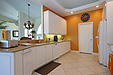 12-IH-Kitchen-2-IMG_6388