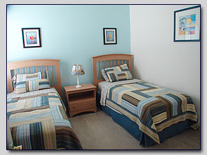 Bedroom 3 - Twin Beds